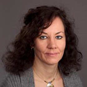 Suzanne Straw