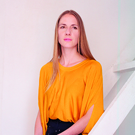 Dr Helga Schmid