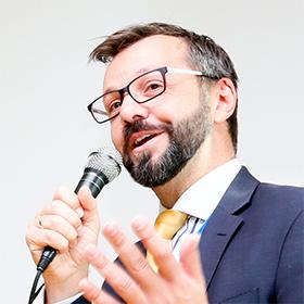 Dr James Biddulph